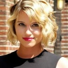 Short hairstyles for wavy hair 2016