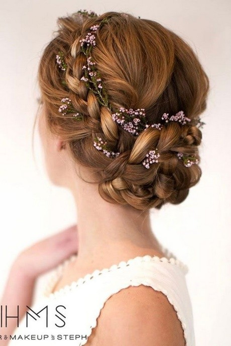 Classy updos for long hair