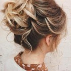Formal hair updos for medium hair
