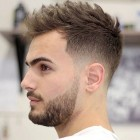 New hair cutting style for man
