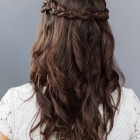 Simple bridesmaid hairstyles