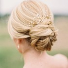 Simple bridesmaid updo