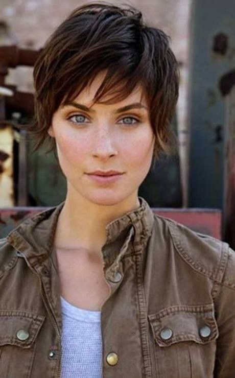 Cute hairstyles for short layered hair