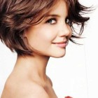 Hairdressing styles for short hair