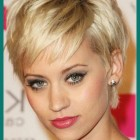 Short hairstyles for fine hair 2020