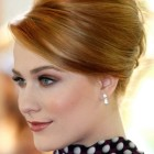 Elegant updos for short hair