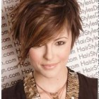 Short hairstyle female