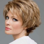 Latest short hairstyle for women
