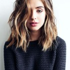 Wavy medium length hair
