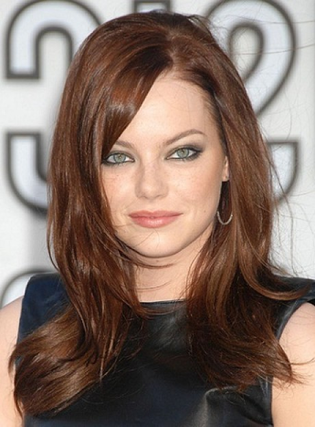 Best hairstyles for wide faces