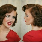Easy 1940s hairstyles for short hair