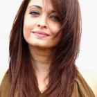 Hairstyle for round face women long hair