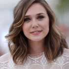 Hairstyles for medium hair round face