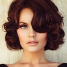 Retro hairstyles for medium hair