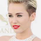 What is a pixie cut hairstyle