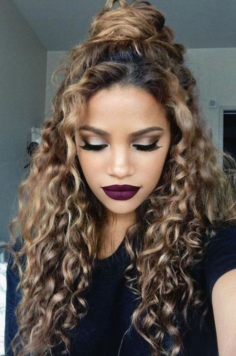 Hairstyles for curled hair