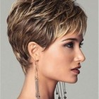 Hairstyles for short hair ladies