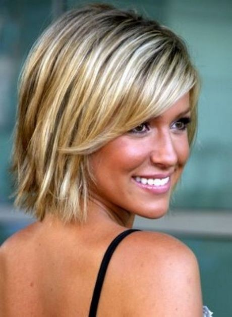 Short to medium haircuts for thin hair