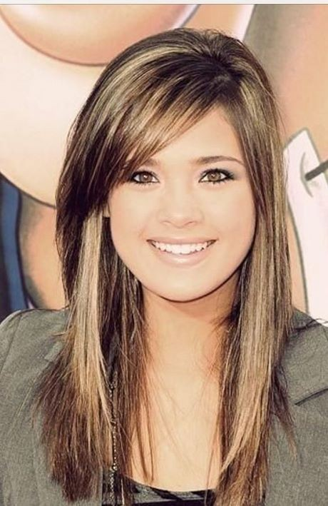 Haircut styles for long hair with side bangs