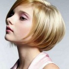 On trend short haircuts