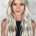 Platinum blonde highlights on blonde hair