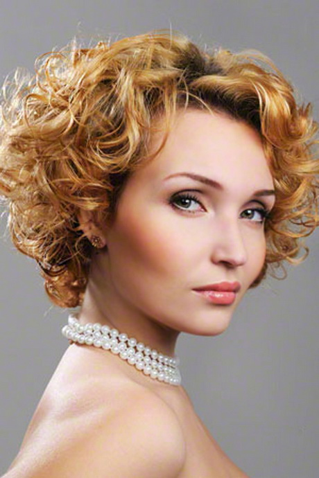 best haircut for curly hair best hairstyles for curly hair 3596