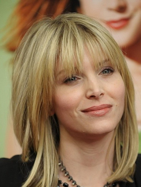 cute medium layered haircuts with bangs medium haircuts with bangs 4290 | cute medium haircuts with bangs 36