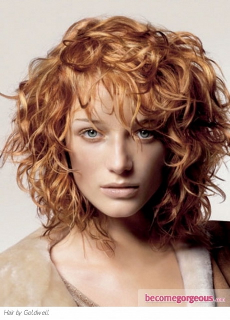 medium length curly haircuts haircuts for medium length curly hair 1635