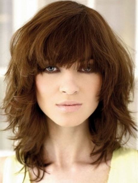 choppy haircuts with bangs how to cut a medium length layered choppy bob haircut like 5586