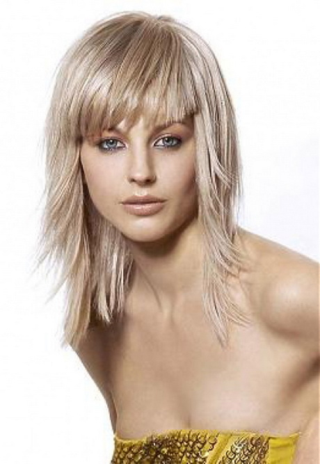 medium haircut layers bangs or no bangs 50 newhairstylesformen2014 2423