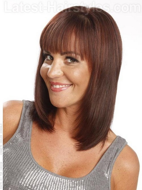 medium hair style with bangs medium length haircut pictures 2661