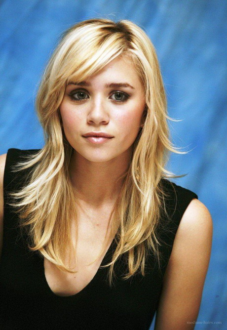 mid length haircuts with bangs haircuts for medium length hair with side bangs and layers 1454