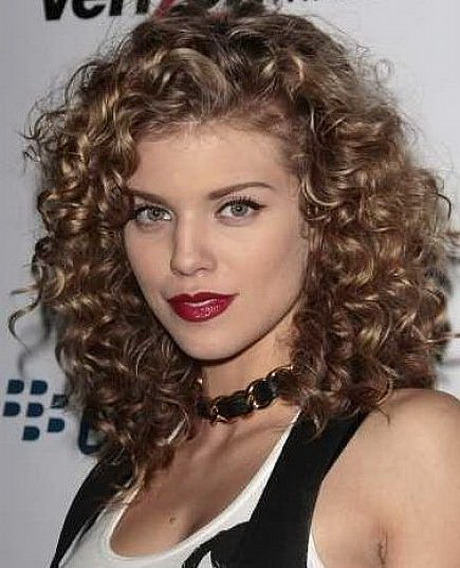 medium haircut styles for curly hair medium curly hairstyles hairstylegalleries 6406