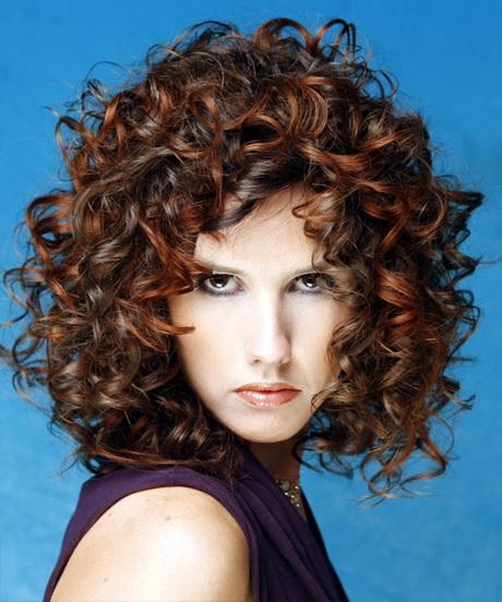 Medium naturally curly hairstyles