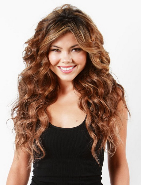 Naturally Curly Long Hairstyles