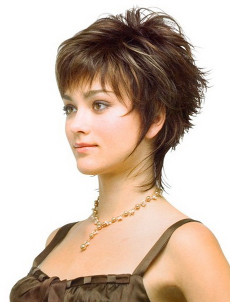 Short hairstyles for fine curly hair