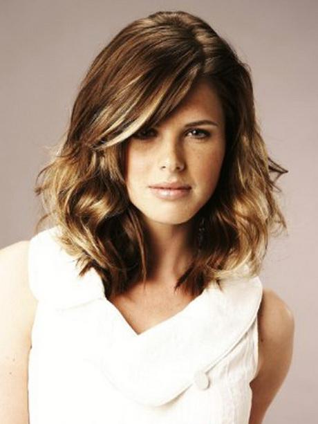 Trendy haircuts medium length hair