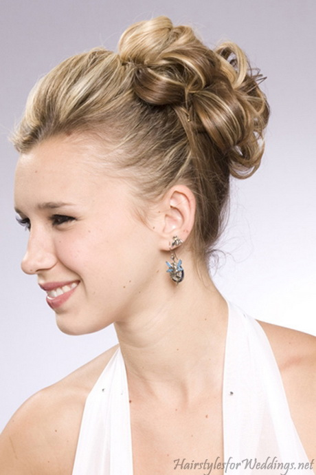 hair up styles for medium length hair up hairstyles for shoulder length hair 8326
