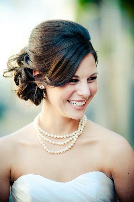 Wedding hairstyles for shoulder length hair