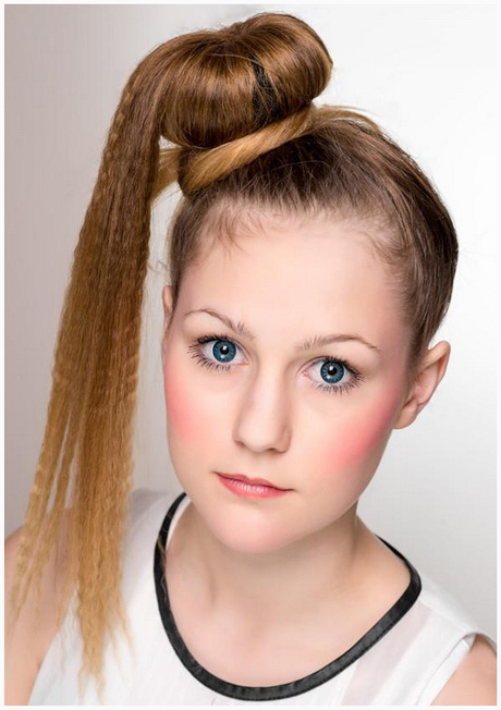 8 Easy Hairstyles For School