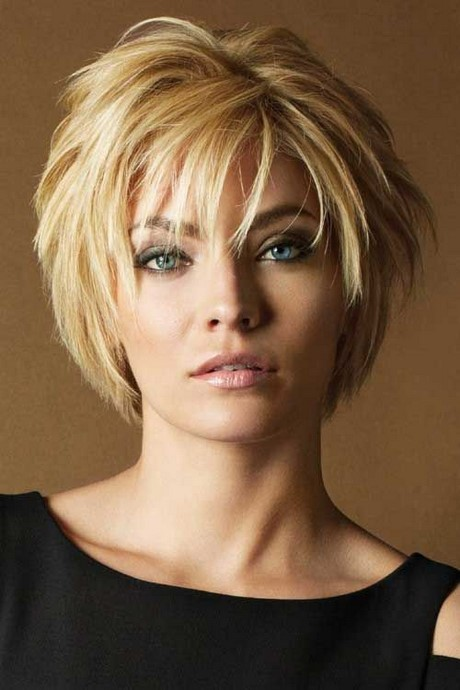 2017 Short Hairstyles For Women Over 40