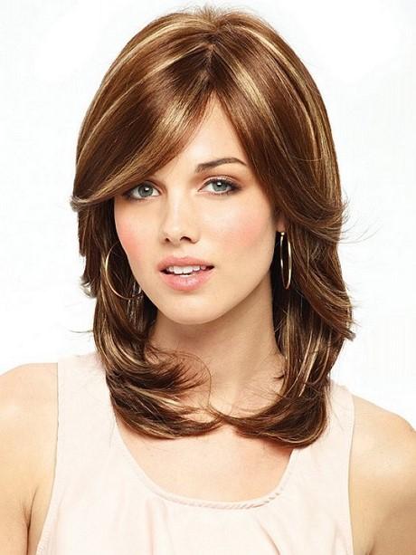 layered haircuts hair medium haircut highlights hairstyles length shoulder