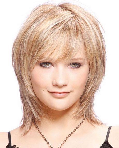 Medium layered haircuts with bangs 2020