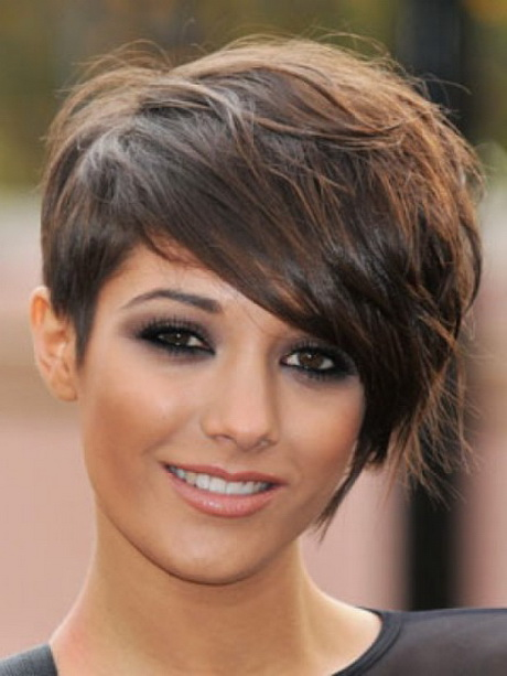 Short Haircuts For Round Faces 16 Photo