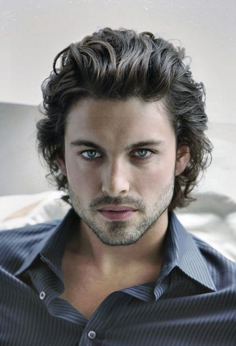 Good looking hairstyle for man