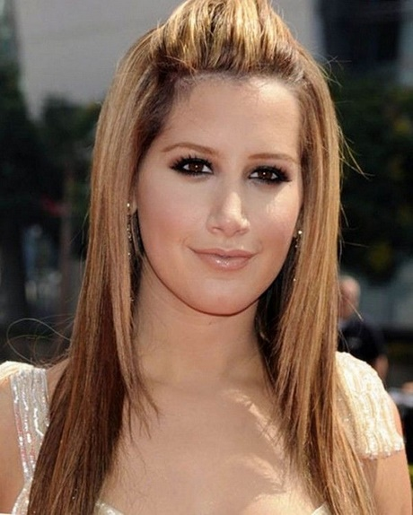 Simple prom hairstyles for long straight hair