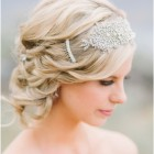 Bridal hairstyles with headpieces