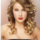 Curled hairstyles for prom