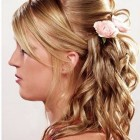 Curly prom hairstyles for medium hair
