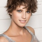 Feminine short hairstyles for women